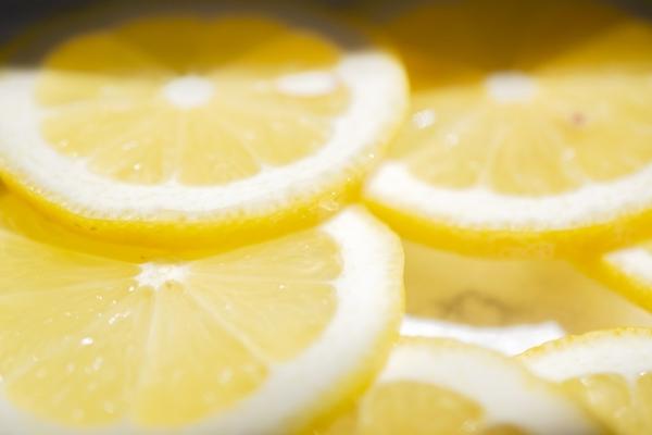 港南台の歯医者 港南台パーク歯科クリニック 唾液の機能について〜緩衝作用(かんしょうさよう)とは〜 レモンの画像